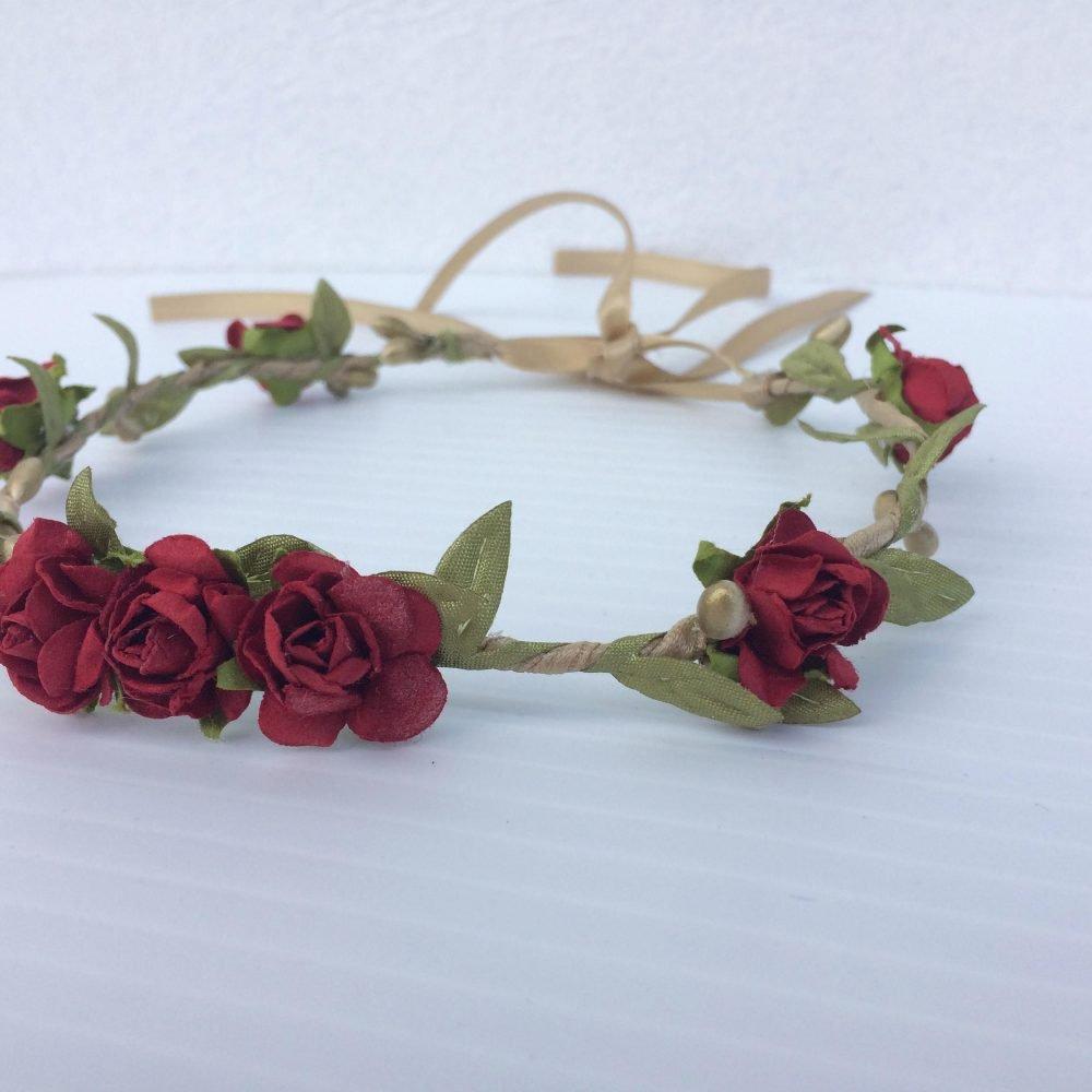 Corona Griega Verde, Dorada y Roja con Flores