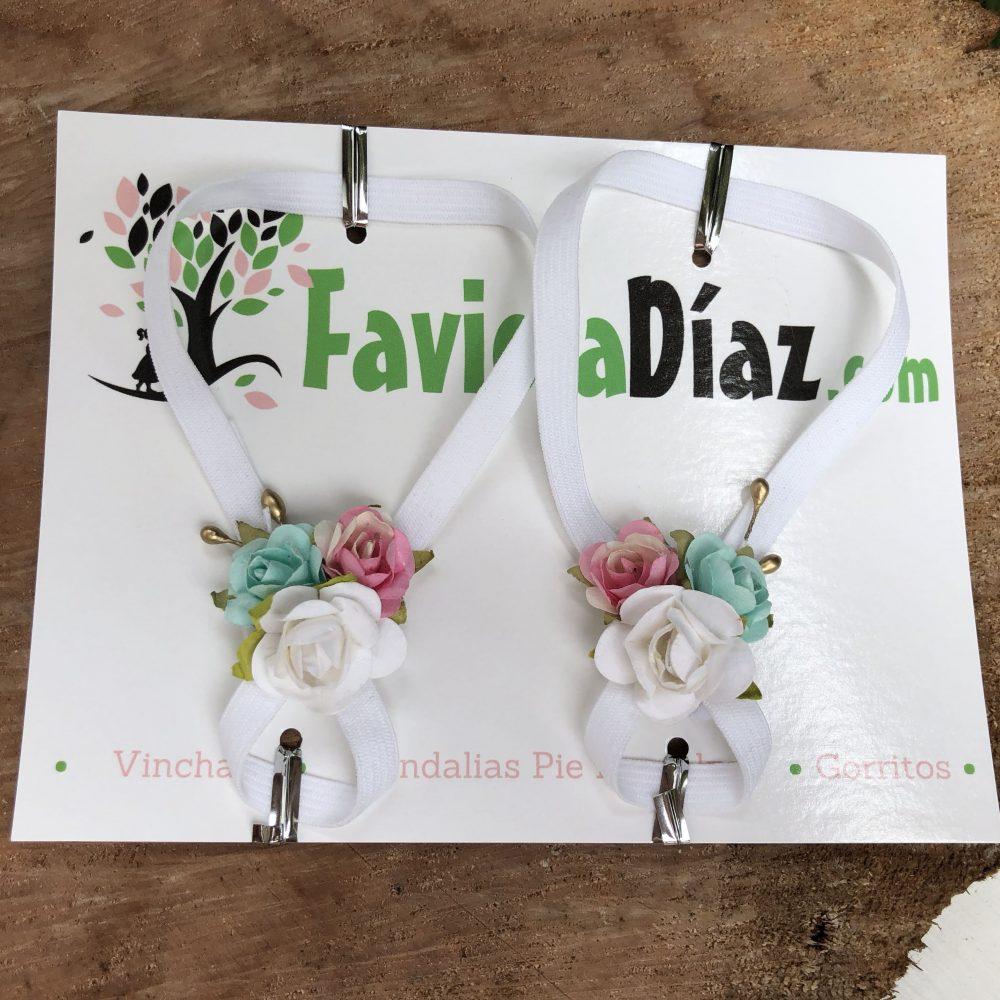 Sandalias Pie Descalzo Blancas, Menta y Rosado con Flores