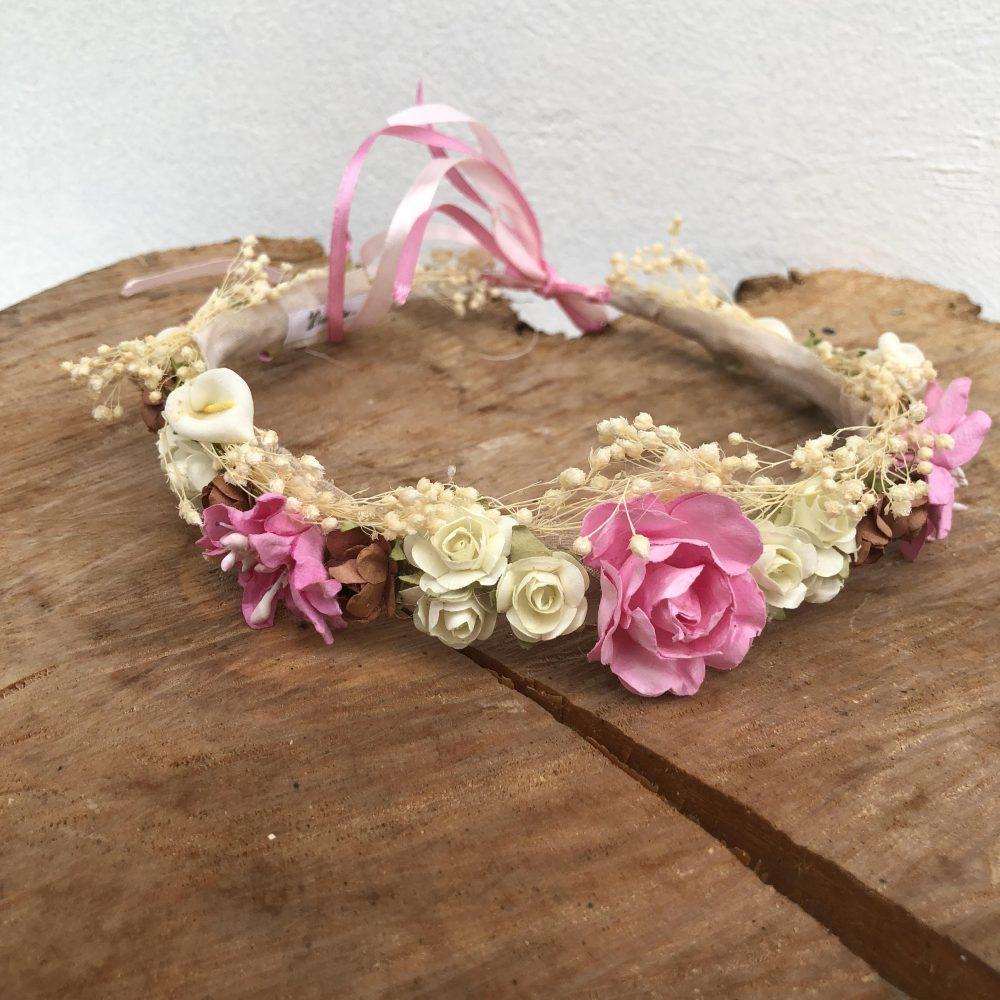 Corona Beige, Rosada, Blanca y Café con Flores