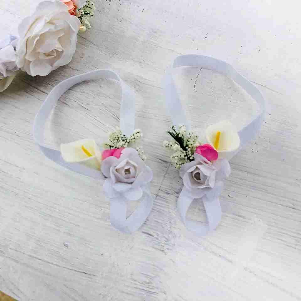 Sandalias Pie Descalzo Blancas y Rosadas con Flores
