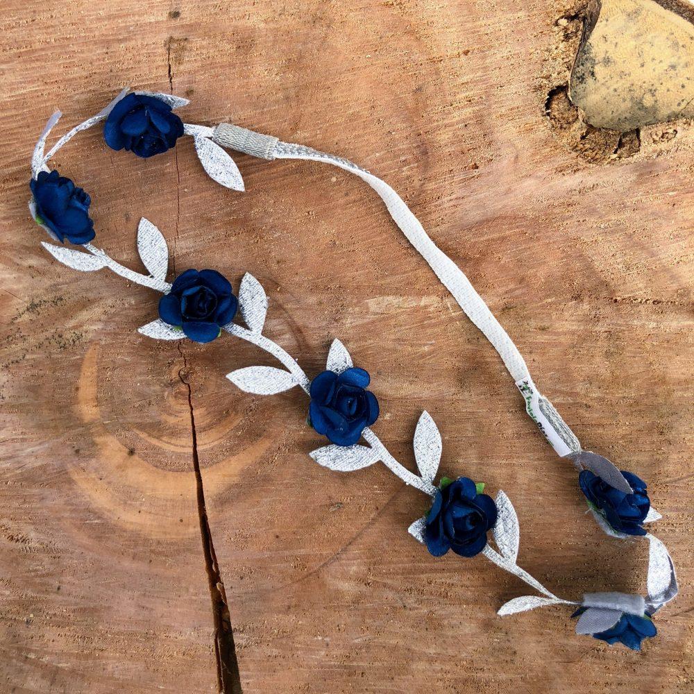 Vincha Plateada Griega con Flores Azules