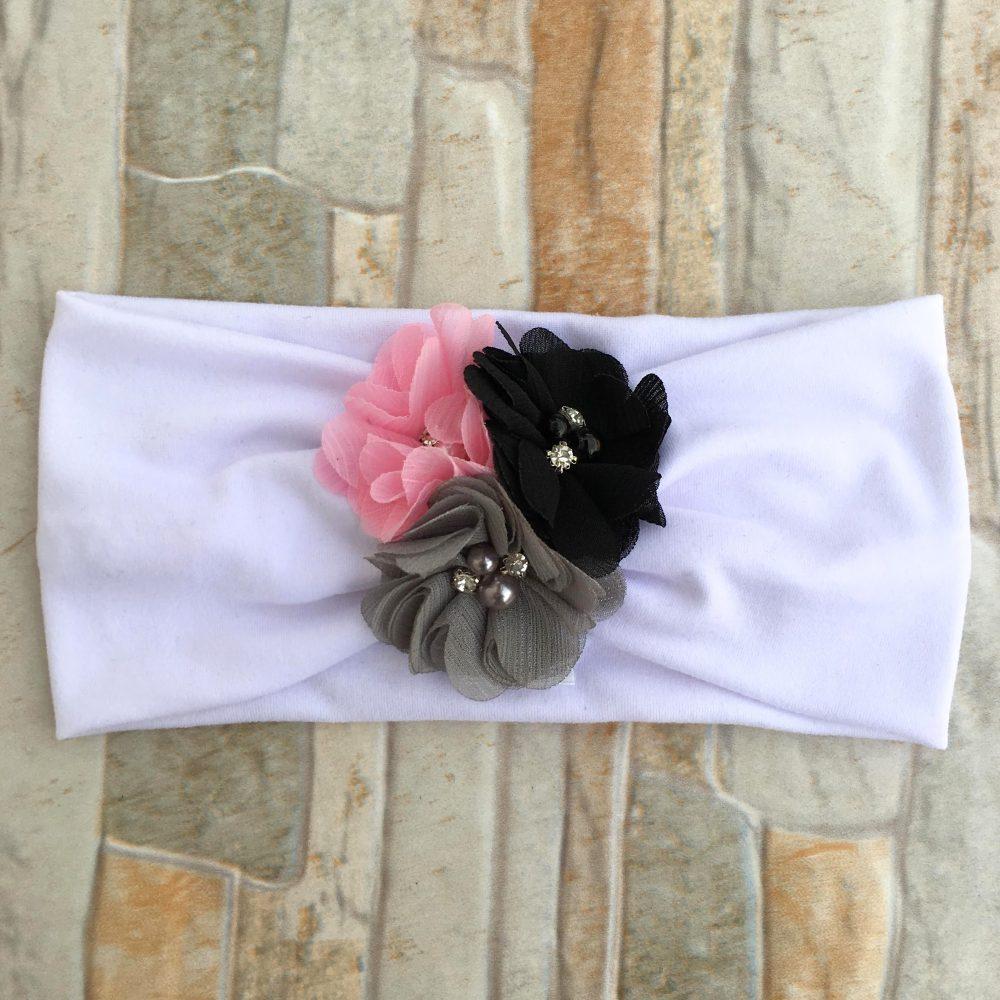 Vincha Turbante Blanca con Flores Negra, Gris y Rosada