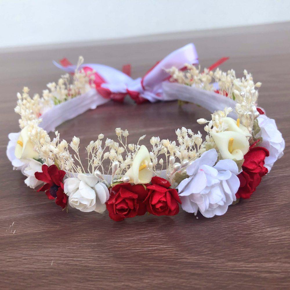 Corona de Flores Roja y Blanca