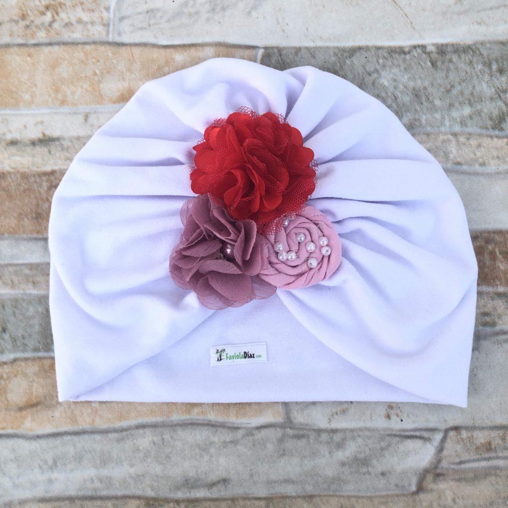 Turbante Blanco de Flores Rosado, Rojo y Rosa Palo