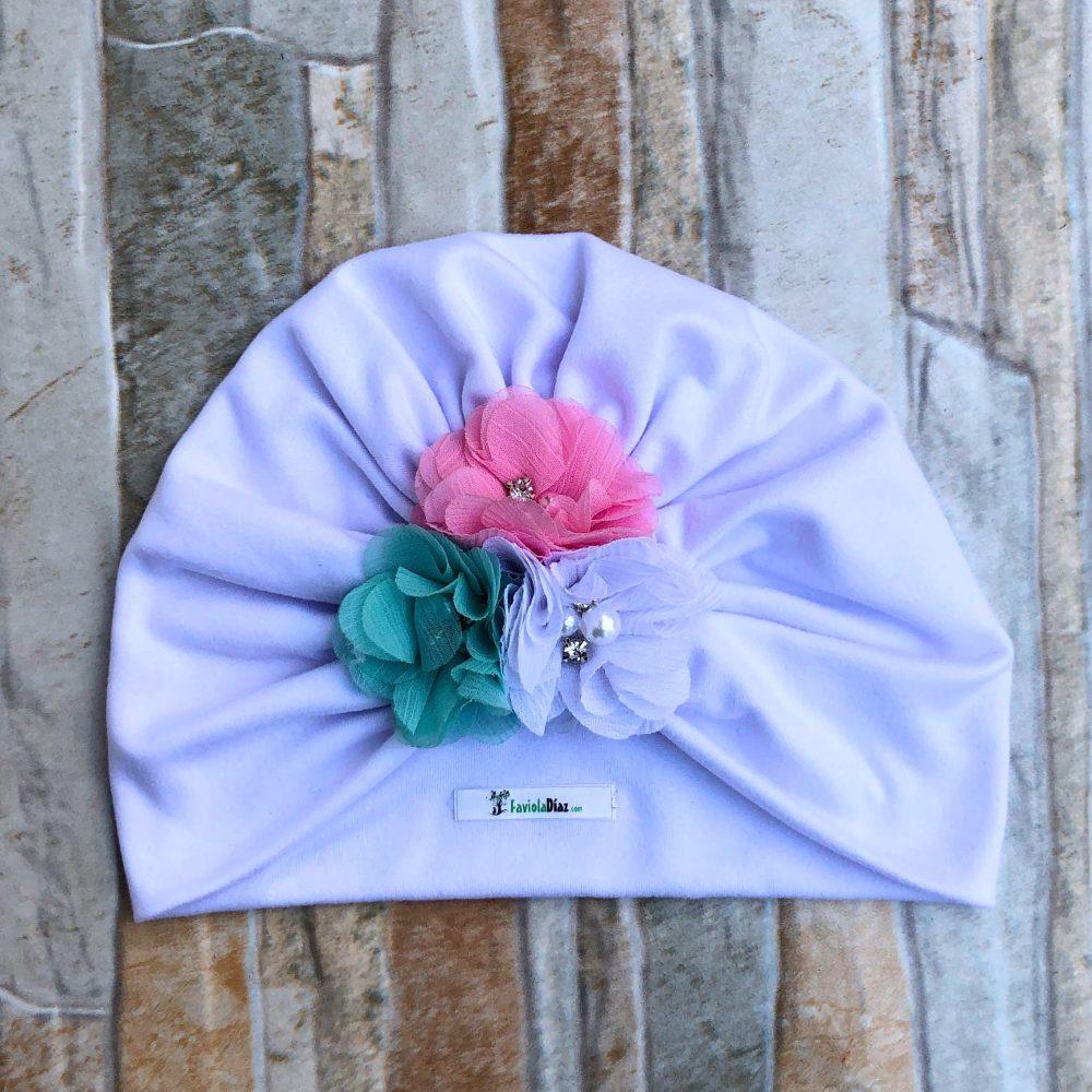 Turbante Blanco de Flores Blanco, Rosado y Menta