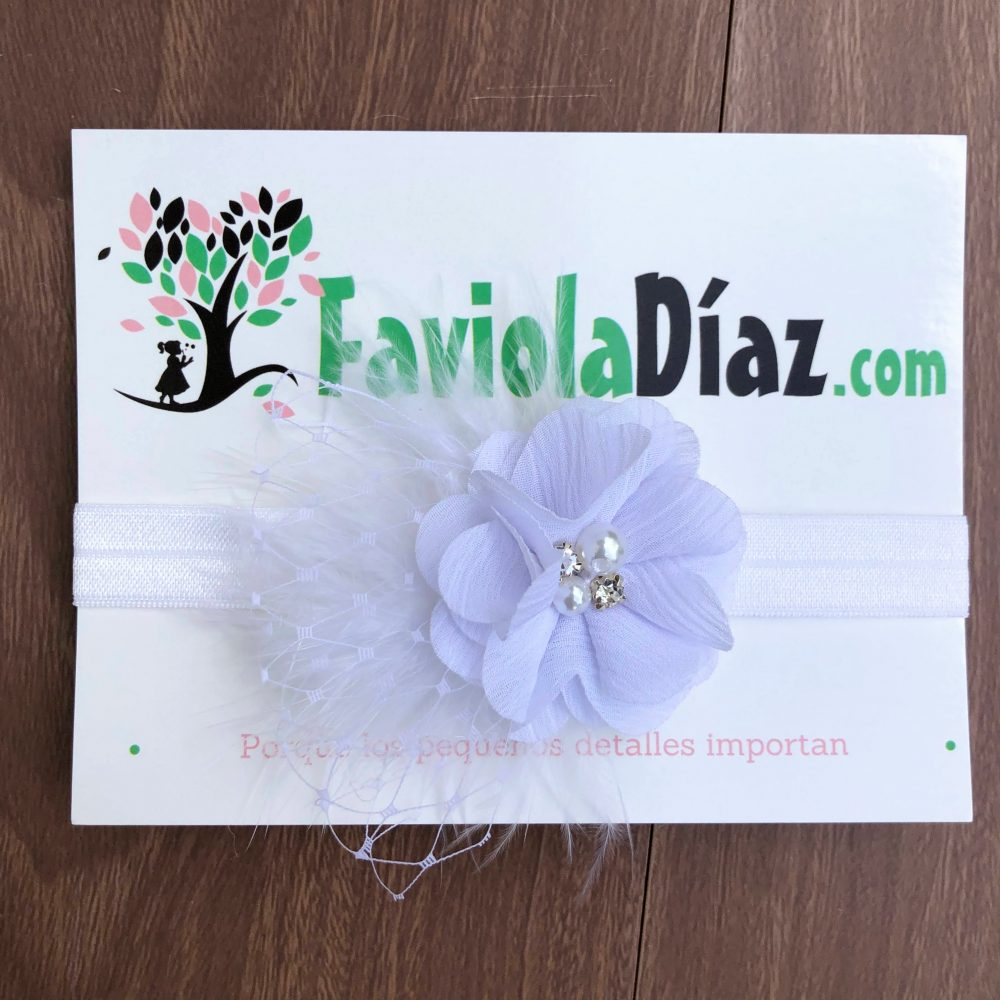 Vincha Blanca con Flor y Plumas Ascensión