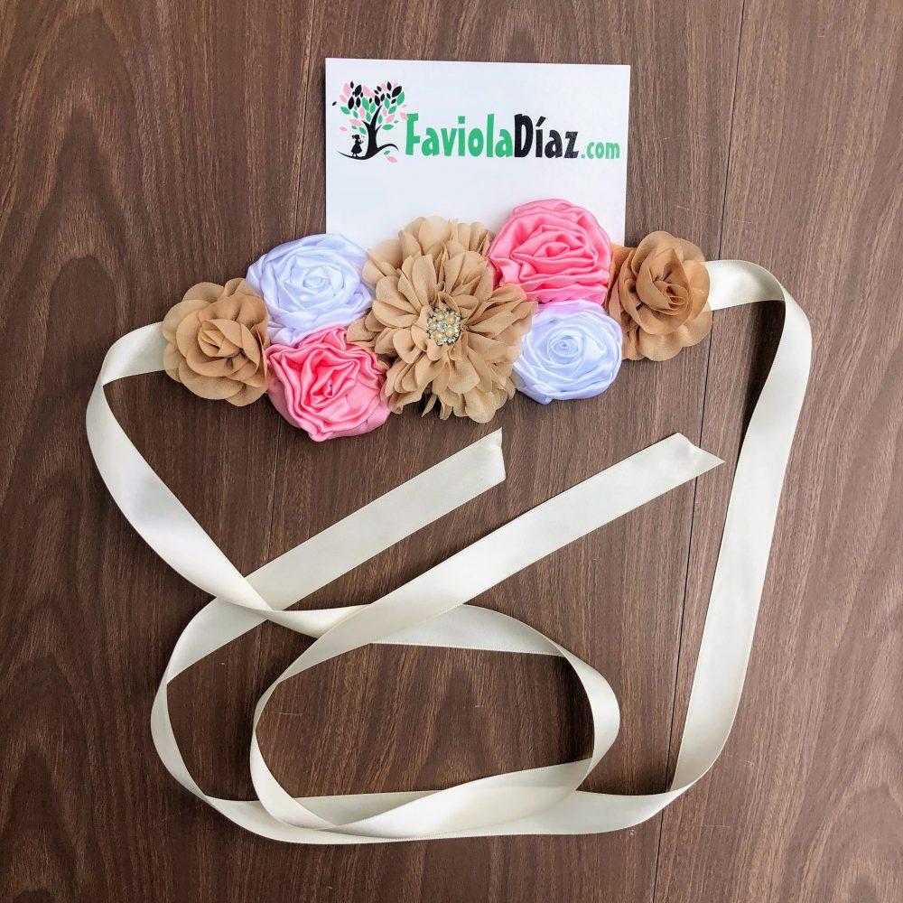 Cinturón Maternal de Flores Café, Blanco y Rosado