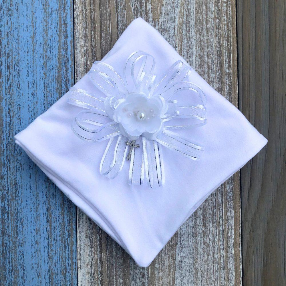 Paño Blanco para Bautizo con Flores y Perlas Antonella