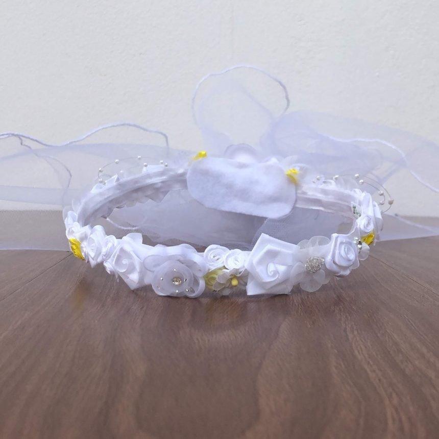 Corona Blanca con Flores Cinthya